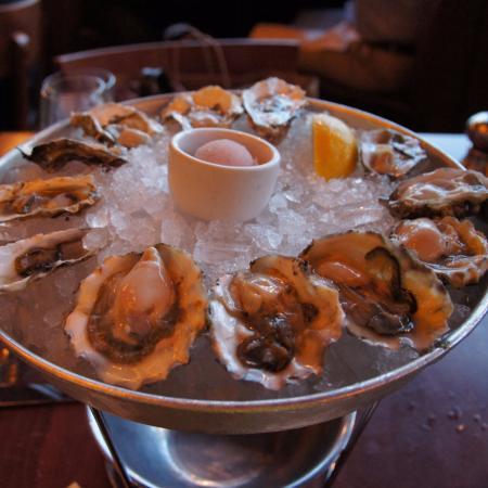Oysters sampler