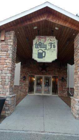 Willy T's Tavern & Grill