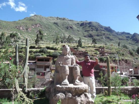Chavez Expeditions - Day Tours: EN PISAC LA PUERTA DEL VALLE SAGRADO DE LOS INCAS