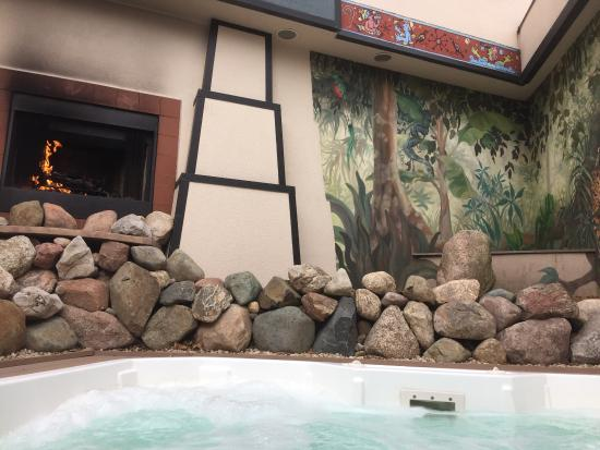 Oasis Hot Tub Gardens: photo0.jpg