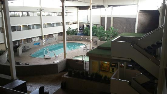 Holiday Inn Hotel and Conference Center Detroit - Livonia : 20160419_171959_large.jpg