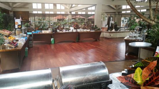 free breakfast buffet every morning picture of the academy rh tripadvisor com Breakfast Buffet Clip Art Breakfast Buffet Menu