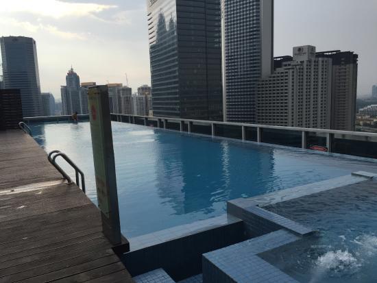 Somerset Ampang Kuala Lumpur: Roof Top Swimming Pool