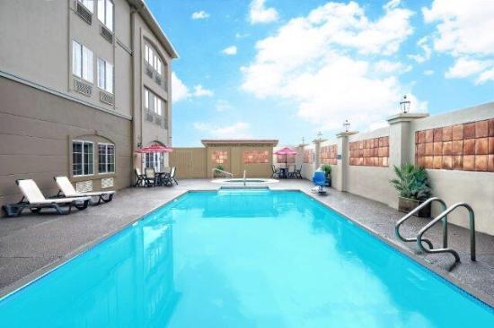 recently renovated picture of la quinta inn suites laredo rh tripadvisor com