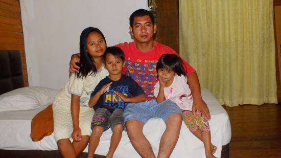 Taman Wisata Matahari Kamar Di Hotel With Anton Family