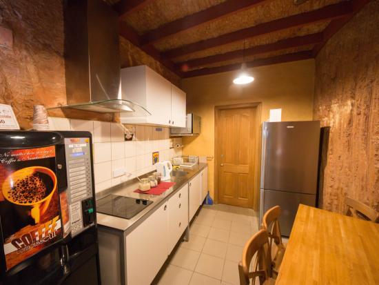The Underground Motel: shared guest kitchen
