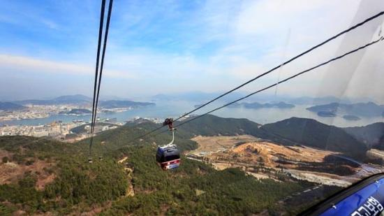 Cable Car, Tongyeong. South Korea