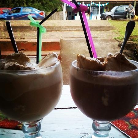 Caramelo: Excelente lugar .. Totalmente recomendable tienen que probar los jugos, smothie, chocolate helad