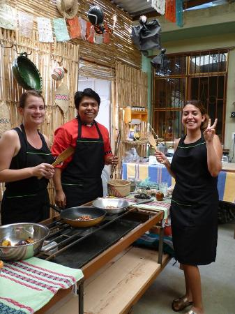 Que Rico Es Oaxaca, cooking classes