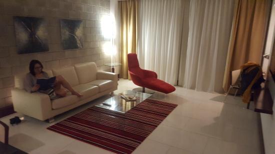 Villa Rotana - Dubai Picture