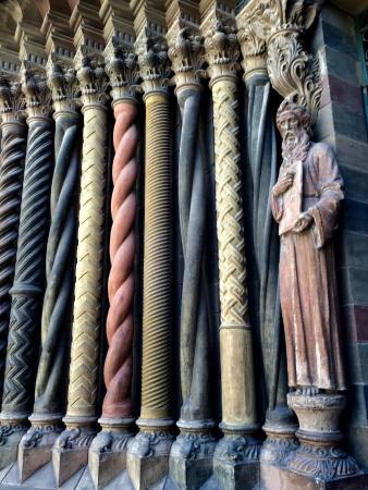 iglesia de los capuchinos different types of columns