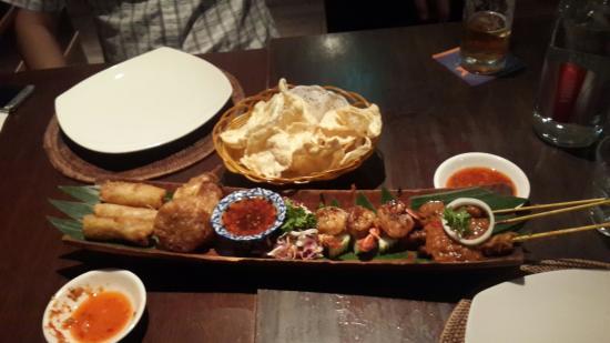 Bayang Balinese Cuisine: 20160410_200107_large.jpg