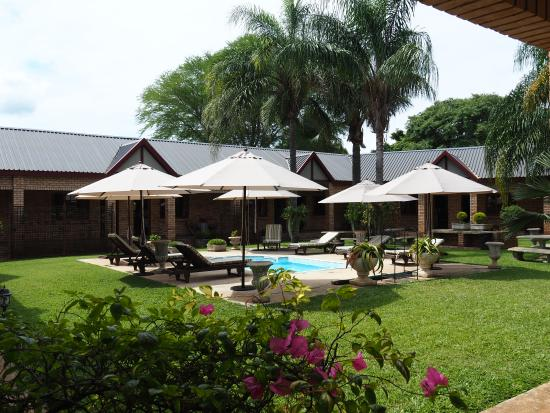 Kwa Lala: Relaxing area with splash pool
