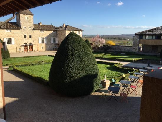 Clesse, Francja: Petite vue d'ensemble du château