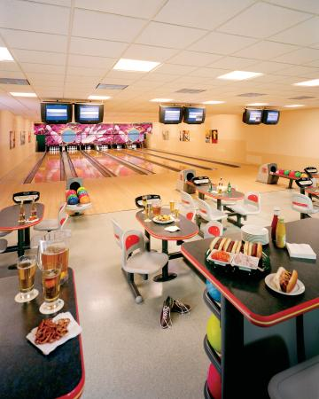 Itasca, Ιλινόις: Bowling Alley Event