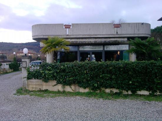 Ristorante Pizzeria Gelateria Caravelle: Anno 1993 come è oggi. Gentilmente concessa dal proprietario per gli usi consentiti.