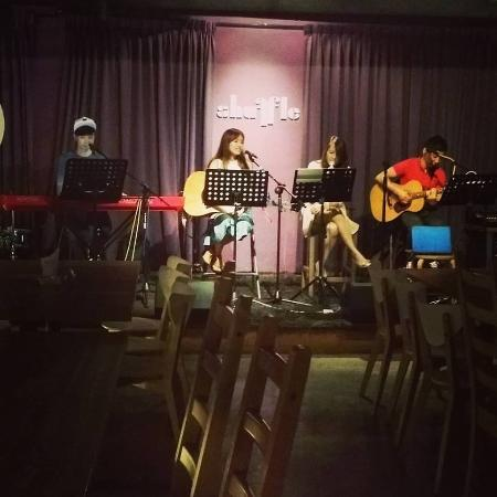 """Shuffle Bistro Bar: the resident band """"Music Stream"""" playing on wed night"""