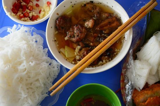 Tintin Hanoi Street Food