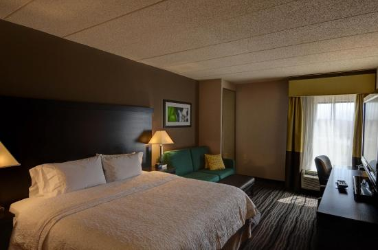 Bowie, MD: King Guest Room