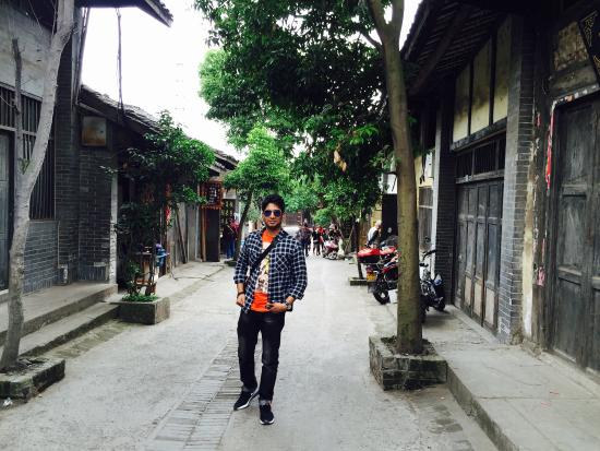 Lizhuang Ancient Town: photo0.jpg