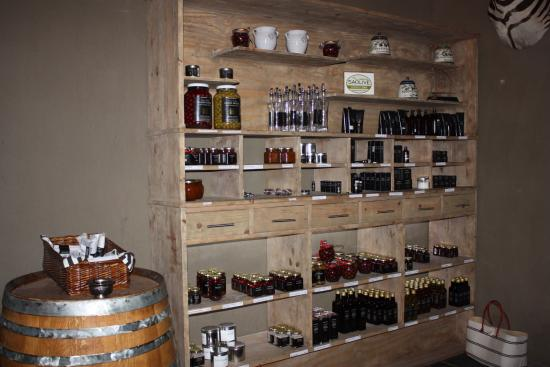 Riebeek Kasteel, Sør-Afrika: Great idea for buy gifts here