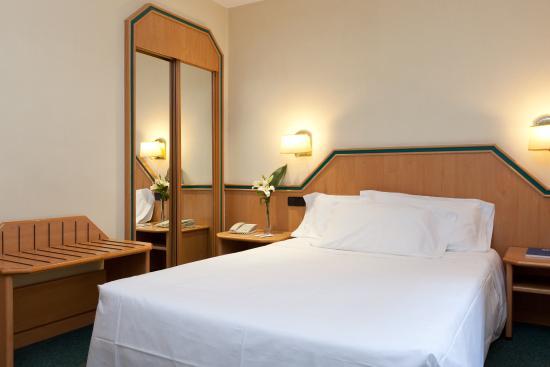 Hotel Praga: Habitación básica