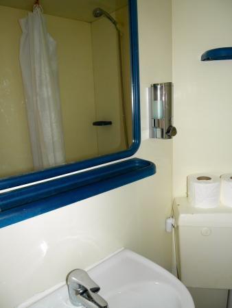 Five Kings Hotel: Ensuite Toilet