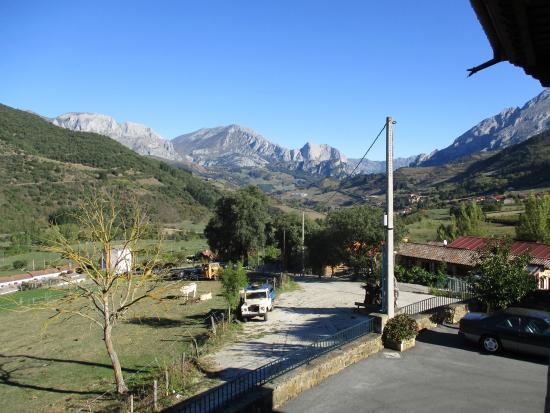 Ojedo, España: Vista de parte de Picos de Europa.
