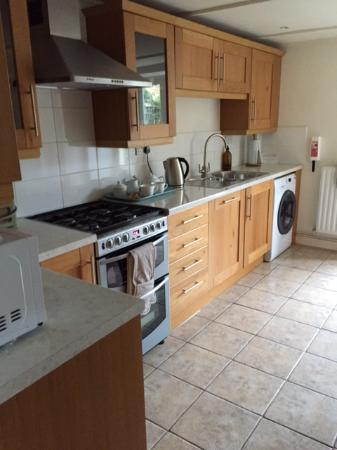 Edith Weston, UK: well equipped kitchen