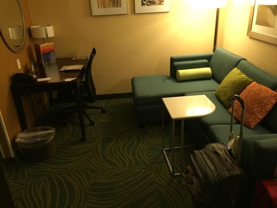 SpringHill Suites Annapolis : sitting area