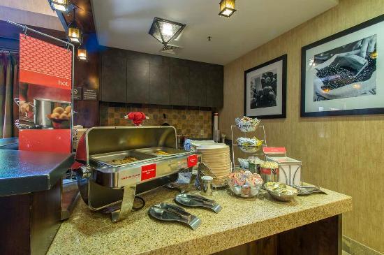 Truckee, CA: Breakfast Bar