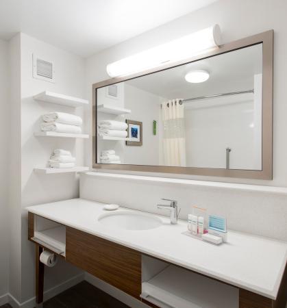 Troy, AL: Bathroom