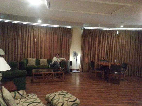 White Meadows - Manali: Presidential Suite lobby