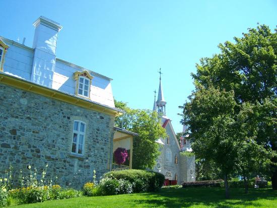 Eglise Sainte-Famille