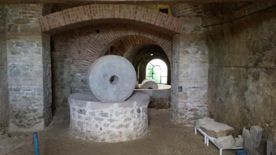 Calitri, Włochy: Un antico frantoio