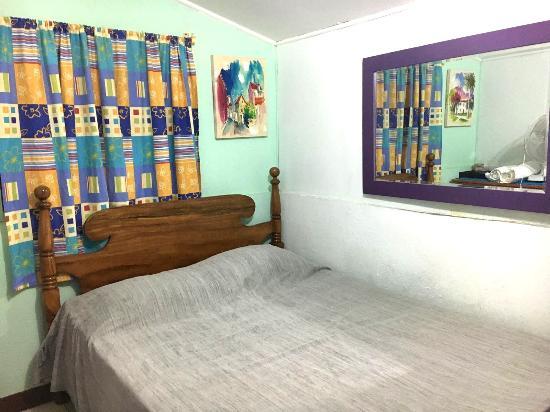 Villa Rica Guest House Photo