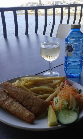 Georges Seafront Restaurant: fish and chips