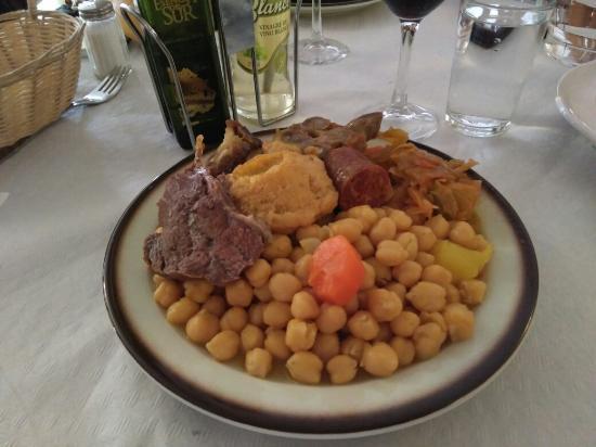 Espinar, España: TA_IMG_20160421_144315_large.jpg