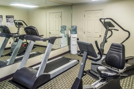 Comfort Inn & Suites Austintown : Fitness