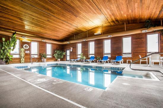 Worland, WY: Pool