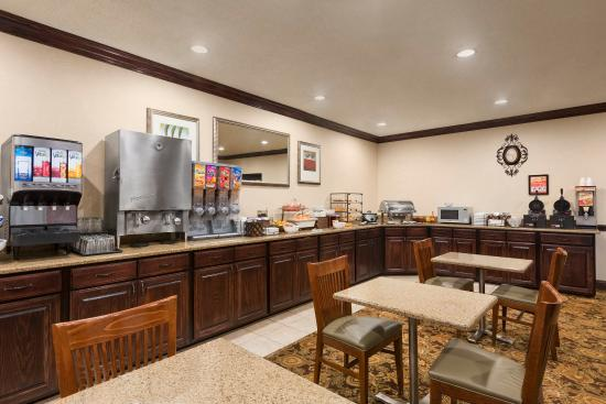 Country Inn & Suites By Carlson, Asheville at Asheville Outlet Mall, NC : ASHVBreakfast Room