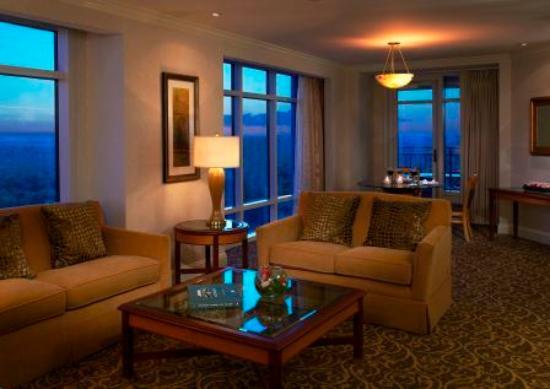 Deluxe Room 2 Queen Beds Picture Of Grand Pequot Tower Mashantucket Tripadvisor