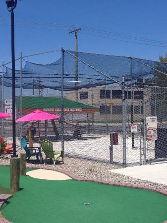 Island Miniature Golf: Batting Cages