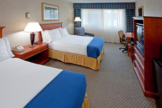 Holiday Inn Express Elmira Horseheads : Double Bed Guest Room