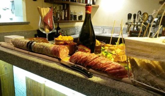 Lesa, Italia: Taverna Brigantia