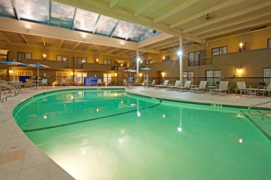 Mansfield, MA: Relax in our Salt water swimming pool