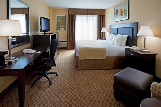 Hasbrouck Heights, Nueva Jersey: King Bed Guest Room