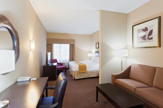 Austinburg, OH: One of our Spacious King Suites.