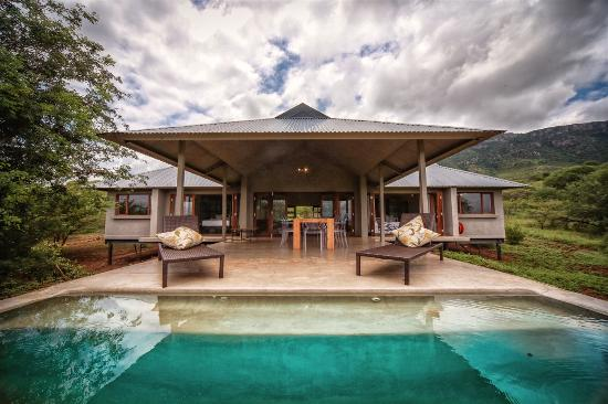 Lavumisa, Swaziland: rim flow pool at Bushwillow Lodge