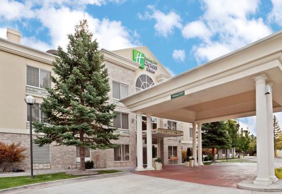 Holiday Inn Express Hotel & Suites Idaho Falls: Hotel Exterior